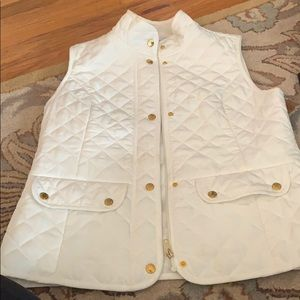 Kenar  women's white quilted vest- size medium